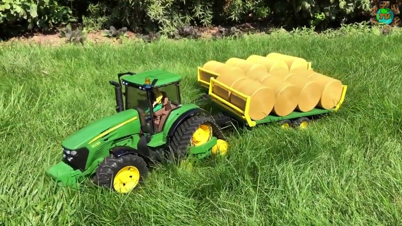 Amazing RC Tractor John Deere and Truck Hay Bales Crash!