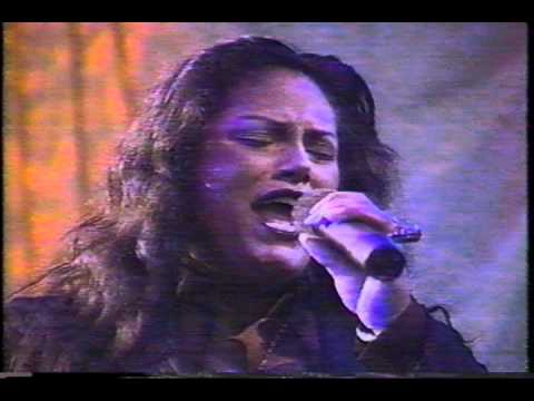 NUYORICAN SOUL feat.INDIA - RUNAWAY  live on The Grind