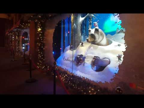Hudson's Bay Christmas windows 2016 (giant bear)