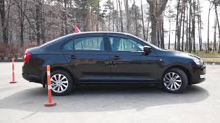 Заезд задним ходом в гараж (на парковку) | Easy Drive Media
