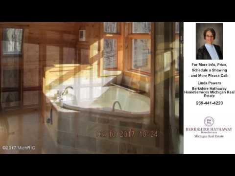 203 Community Drive, Battle Creek, MI Presented by Linda Powers.