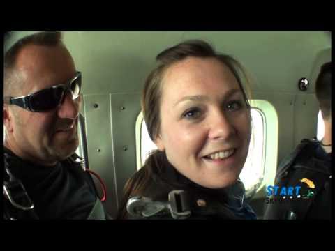 StartSkydiving.com: Lindsay Reynolds