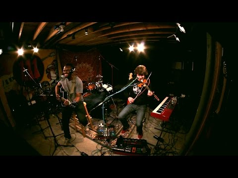 "D'Angelo - ""Brown Sugar"" (Live Looping) -- THROWBACK THURSDAY Week 42"