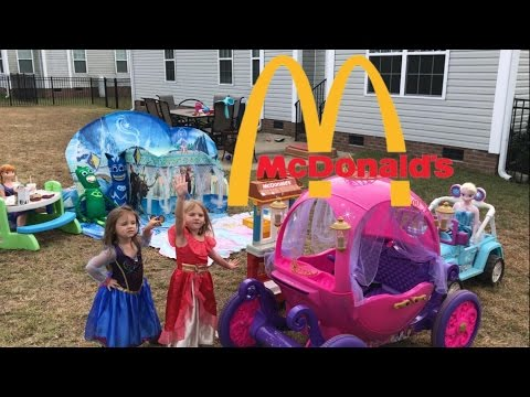 Disney Princess Carriage McDonalds Drive Thru Playset Frozen Jeep Ice Castle Tent