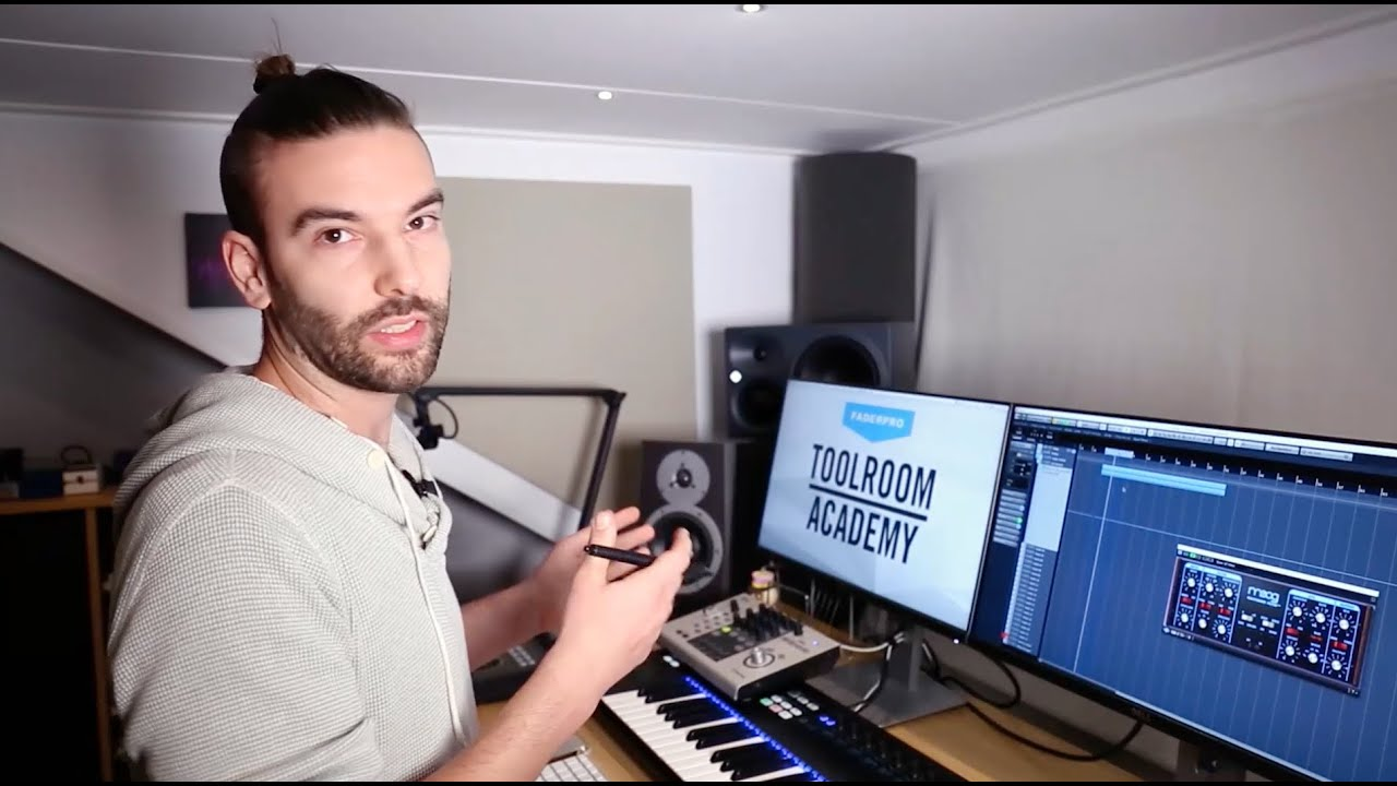 Download How to make Melodic House with Eelke Kleijn | TOOLROOM ACADEMY