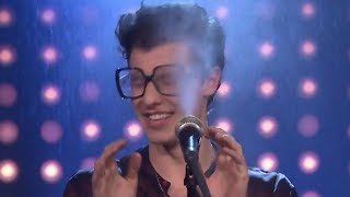 Shawn Mendes Gets SOAKED During Karaoke Game & Performs