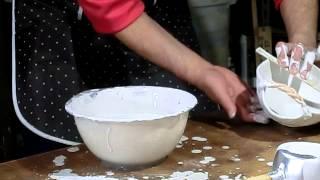 陶芸技法 容量が少ない釉薬の施釉方法です