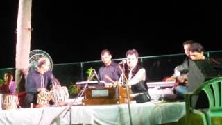 """Hosh Walon Ko Khabar Kya Bekhudi Kya Cheez Hai """" Yogesh Gandharv live in concert """" in Mumbai."""