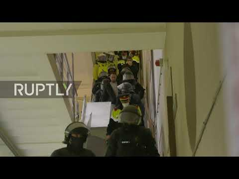 Spain: Police arrest Pablo Hasel after rapper barricades himself inside university
