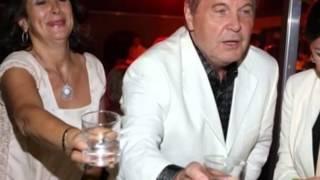 Лев Лещенко даже в присутствии жены(Молодая певица Полина Гагарина любит приковывать к себе мужские взгляды. Для выходов в свет девушка очень..., 2014-07-17T07:39:27.000Z)