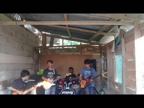 Arista band ( sinjai tellulimpoe) Doamu untukmu syg di populerkan WALI band