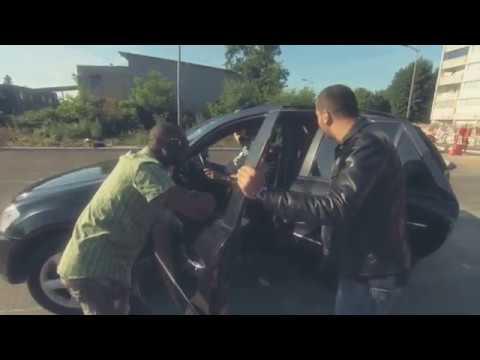 Kamel Le Magicien - La voiture