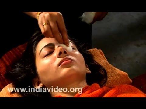 Eye care in Ayurveda - Natural Eye Treatment Akshi Tarpana