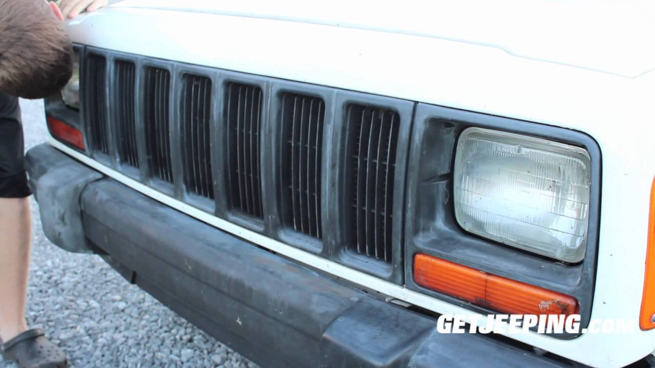 467628dd70b7c How To: Painting the grill on a 1997 -2001 Jeep Cherokee XJ - GetJeeping