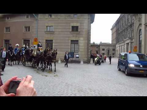 Парадный выезд королевской семьи Швеции