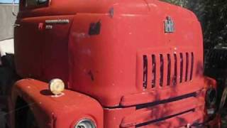 International Harvester IH R-160 and L-160 Series CabOver Trucks