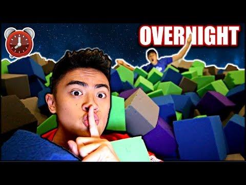 Overnight Challenge in TRAMPOLINE PARK Foam Cubes!