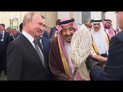 شاهد.. ماذا أهدى بوتين لـ الملك سلمان؟  - نشر قبل 3 ساعة