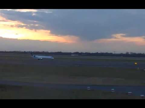 Düsseldorf airport webcam spotting ( Beautiful evening II )