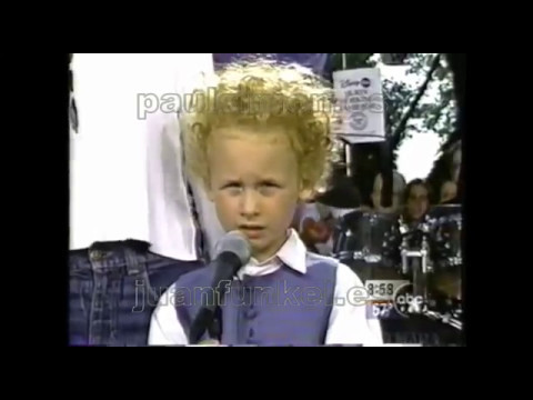 """Feeling Groovy"" by Art garfunkel, his wife and his son James Garfunkel live 1997"