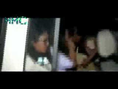 Mallu serial actress reshma police catche on hotel room thumbnail