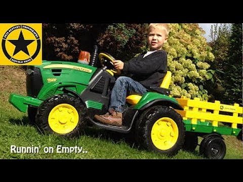 TRACTOR for CHILDREN Peg Perego John Deere Ground Force 12V - Refueling!