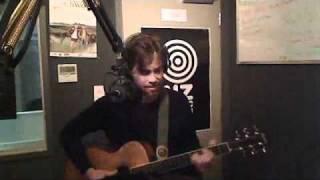 Gareth Thomas: Sophie & Google Song live 26-10-10 Radio Wammo Show, Kiwi FM