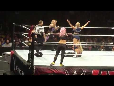 Beth Phoenix/Natalya vs Ruby Riott/Liv Morgan vs Lacey Evans/Tamina (WWE Live Brussels - 9/5/19)