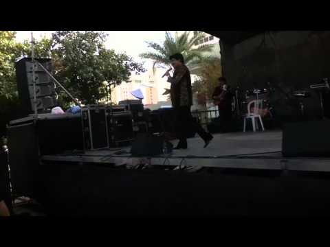 Udit Narayan Performing Live In Eilat Israel 14.1.11