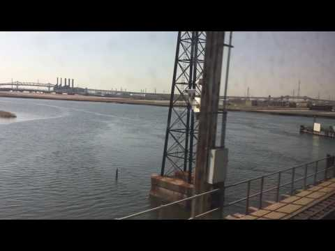 New Jersey Transit: Multilevel train ride from Penn Station to Bound Brook