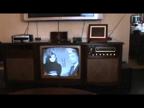 Curtis Mathis Console Tv Radio And Turntable Youtube