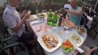 Обзор Отдых в Италии на  Озере Гарда 2016 Lago di Garda #1(3-х дневный Отдых в Италии снимал на DJI PHANTOM 3 Подписываемся и зовем остальных! :)И не забывайте ставить лайки., 2016-07-12T21:25:40.000Z)