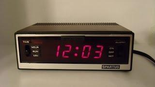 Vintage Spartus Comet II Digital Alarm Clock Faux Wood Grain Iconic Alarm Sound!