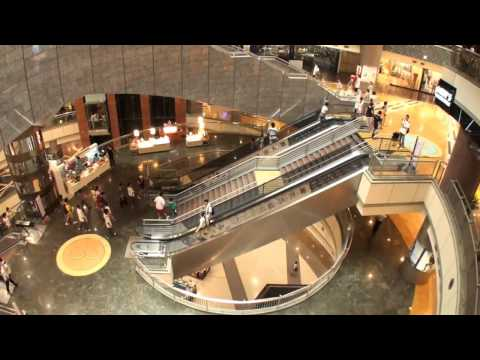 China Grand Gateway 66 Shanghai Shopping Mall