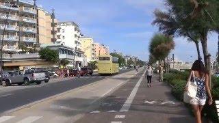 Италия. Римини.  Первое впечатление(Самое первое впечатление от Римини – это отсутствие километровых пробок на дорогах в любом месте города,..., 2015-12-10T12:48:26.000Z)