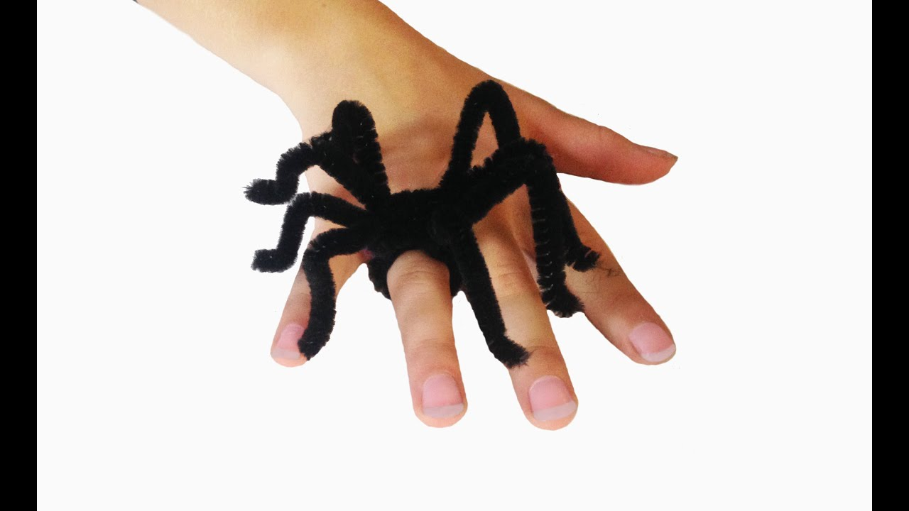 Halloween Spider Rings using Pipe Cleaners - no glue craft ...