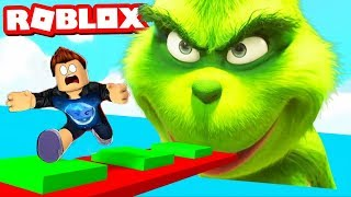 ESCAPE THE OBBY GRINCH IN ROBLOX !!