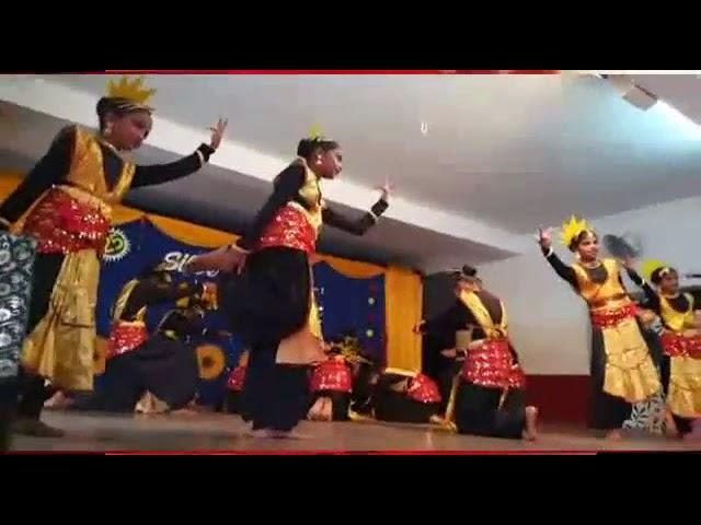 Kannada welcome song by fr. Cyril lobo. Dance by holy angels school tokkottu