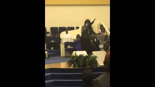 """Vickie Winans sings """"Safe in His Arms"""""""