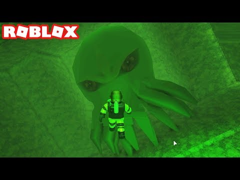 I FOUND CTHULHU WHILE SCUBA DIVING AT QUILL LAKE IN ROBLOX! (Episode #2)