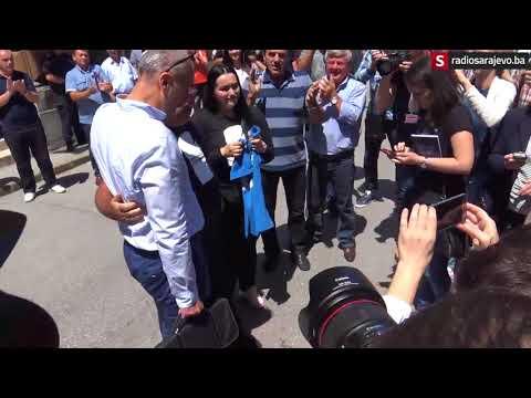Muriz Memić sa suzama u očima proslavio s advokatom Feragetom