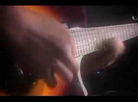 Shredder demoing the new Ovation VXT guitar - sick