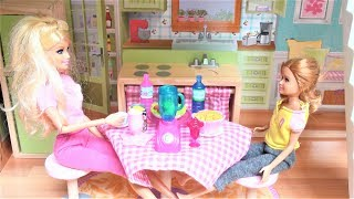 Barbie doll bedroom dollhouse pink bathroom toy play Barbie girl and Stacie morning routine बार्बी