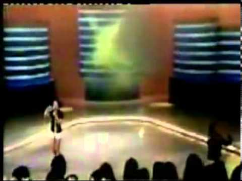 Sandy e Junior cantam no programa Raul Gil | 1996 [Parte 1/2]