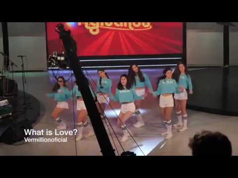 VERMILLION - 'WHAT IS LOVE?' / TWICE (트와이스) en CANAL 4 by Joseph Wang