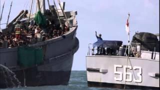 Myanmar lands 700 migrants, US says Rohingya should be citizens