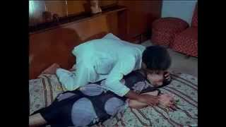 Repeat youtube video Tamil old actress lakshmi Rare Scene