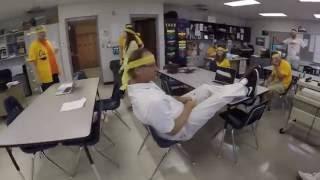 Monett High School Teacher Flash Mob Beat It