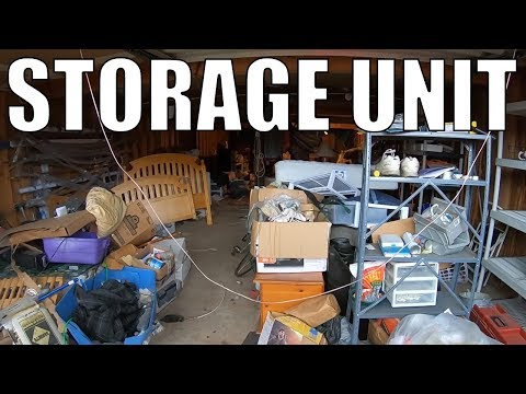 Checking Out A Storage Locker Auction and Antique Mall