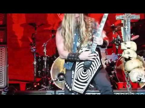 Black Label Society Overlord & Parade of the Dead @ San Manuel Amphitheater,CA 10222011